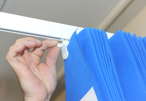 fitting a disposable curtain